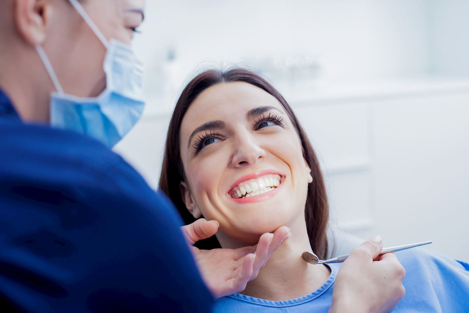 What is Cosmetic Tooth Bonding?
